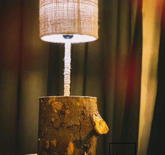 tree trunk table lamp photo